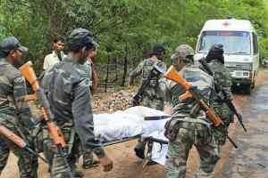 BSF पर हमला 4 जवान शहीद, नक्सलियों ने किया चुनाव से बहिष्कार