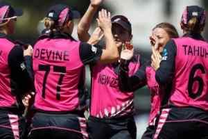 T20 World Cup 2020 : महिला क्रिकेट टीम विंडीज को हराकर इंग्लैंड सेमीफाइनल में