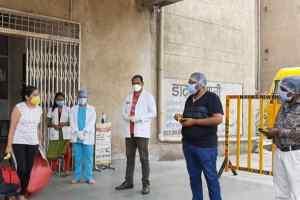 आज फिर भोपाल से 88 व्यक्ति कोरोना संक्रमण से स्वस्थ होकर अपने घर रवाना